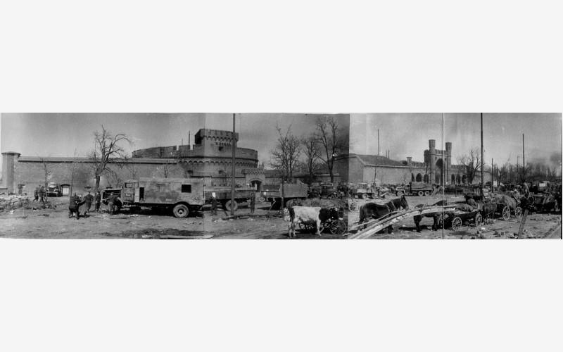 Панорамный вид на башню «Дона» и Росгартенские ворота. 1945 год.